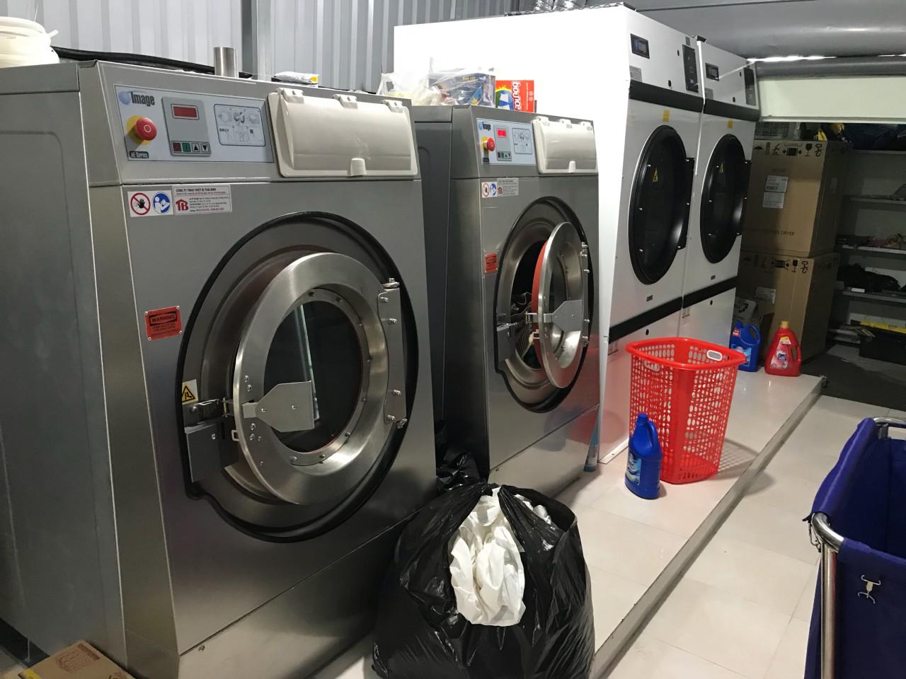 Thiết kế của máy giặt vắt công nghiệp Image HE-60
