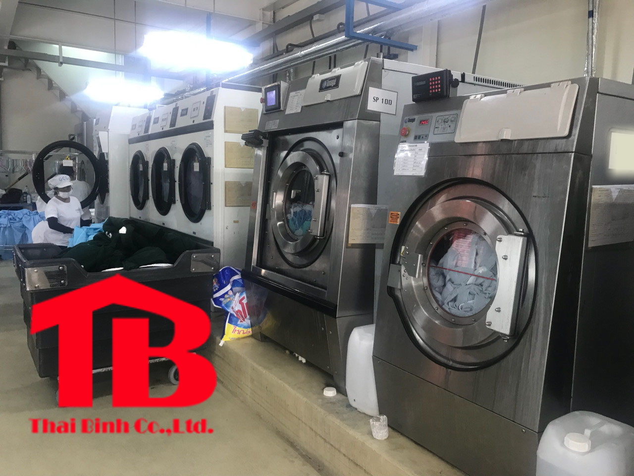 Máy giặt công nghiệp Thái Lan