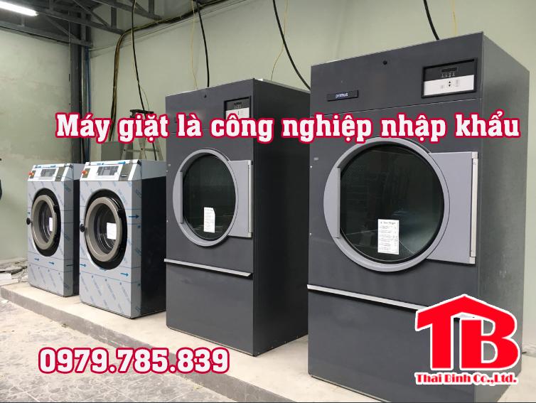 máy giặt là công nghiệp